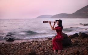 Picture sea, girl, binoculars