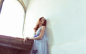 Picture girl, face, house, wall, hair, dress