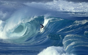 Picture the ocean, wave, people