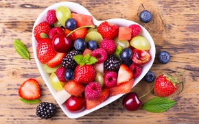 Picture cherry, berries, raspberry, blueberries, strawberry, grapes, BlackBerry, fruit, cherry, grapes, strawberry, raspberry