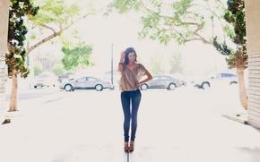 Picture jeans, figure, brunette, beauty