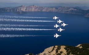 Picture Oregon, Thunderbirds, Crater Lake