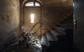 Wallpaper ladder, stroller, the door