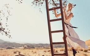Picture look, hills, model, Toni Garrn