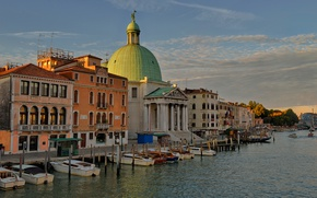 Picture Italy, Venice, Cathedral, channel