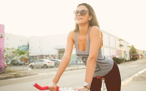 Picture girl, bike, smile, Vossen