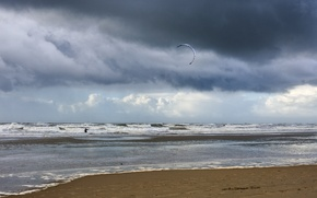 Picture sea, wave, the sky, kite surfing