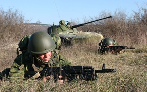 Picture soldiers, assault, BMD, division, 7th, landing, photo Wallpaper, exercises., position, took