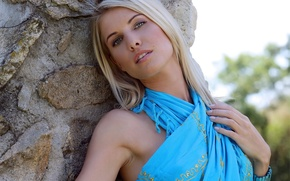 Picture girl, blonde, Iveta Vale