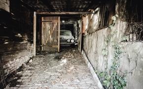 Picture machine, Jaguar, garage