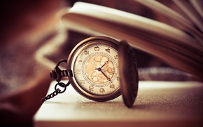 Picture watch, book, dial, page