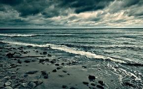 Picture sadness, clouds, stones, horizon