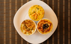 Picture shrimp, olive, quiche