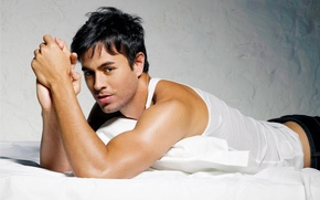 Picture male, singer, handsome, enrike iglesias, Enrique
