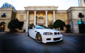 Picture white, the sky, the building, bmw, BMW, columns, white, e46