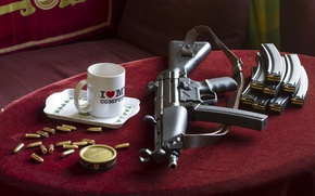 Picture table, background, mug, cartridges, the gun, MP5, model No. 5, nine millimeter, spare disks, small …
