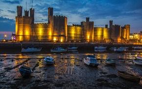 Picture castle, boats, tide, Wales, Carnarvon