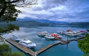 Picture the sky, clouds, trees, mountains, lake, ships, pier, boat