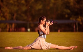 Picture girl, glasses, photographer, twine, the camera