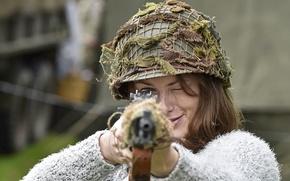 Picture girl, helmet, rifle, helmet, aiming, self-loading, M1 Garand