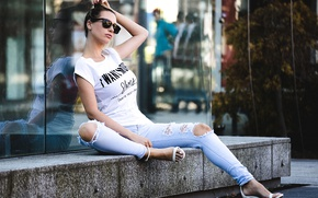 Picture girl, face, style, street, model, hair, jeans, glasses