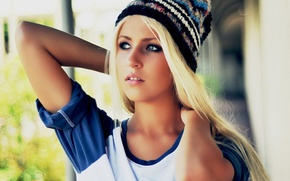 Picture Blonde, knitted, hat