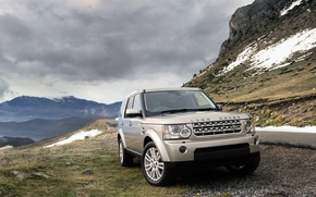 Picture road, grass, clouds, snow, stones, cars, land rover, mountains, clouds, snow, mountains cars