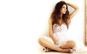 Picture chest, girl, face, background, actress, brunette, singer, legs, beauty, dancer, Victoria Justice, Victoria Justice