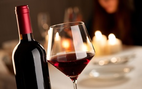 Picture table, wine, red, glass, bottle, candles, bokeh