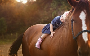 Picture horse, girl, child
