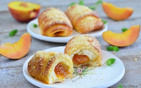 Picture mint, peach, cakes