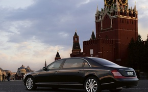 Picture Moscow, the Kremlin, Maybach 62