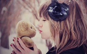 Picture winter, flower, girl, snow, mood, toy, kiss, bear, mood
