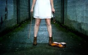 Picture girl, music, violin