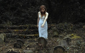Picture girl, graves, hand, cemetery