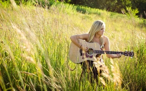 Picture music, guitar, Laura Nicholson