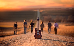 Picture road, guitar, musicians