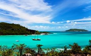 Picture Islands, the ocean, boats, Laguna