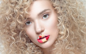 Picture portrait, makeup, curls, retouching, Flower