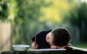 Wallpaper child, boy, handle, album, Cup, pencil, bowl, picture, writes, blurred background, draw