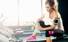 Picture women, pose, physical activity, hydration, gym Intensify, simple trick, music for your workout fitness