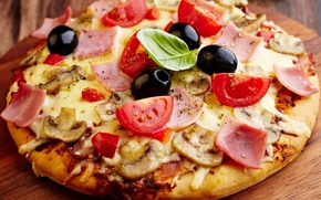 Picture mushrooms, cheese, pizza, tomatoes, olives, mushrooms, ham