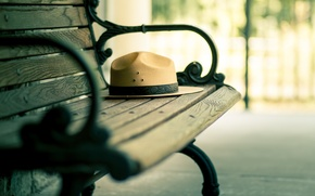Picture bench, hat, bench