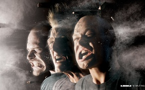 Picture fragments, music, dust, Noisia, the wind in the face