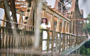 Picture girl, bridge, walk, Asian