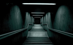 Picture fear, darkness, Ladder, the tunnel