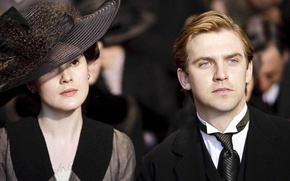 Picture the series, actors, drama, characters, Downton Abbey, Michelle Dockery, Mary Crowley, Dan Stevens, Matthew Crawley