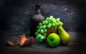 Picture fragments, bottle, dust, grapes, pear, Taste the fruit