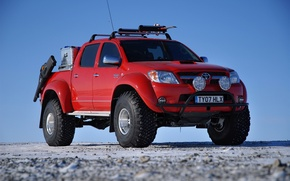 Picture red, cross, toyota hilux pick up
