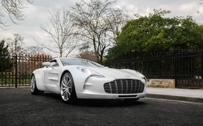 Picture car, white, super, one-77, Aston-martin